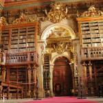 La monumental Biblioteca Joanina en Coimbra