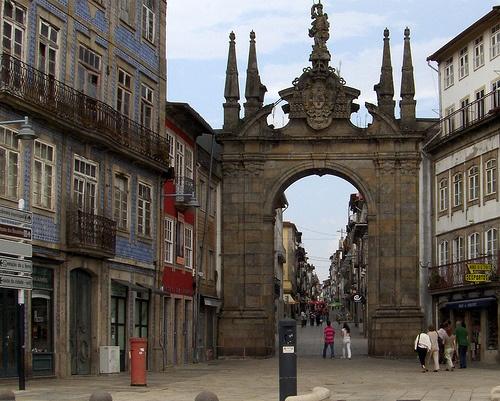 Arco de Porta Nova