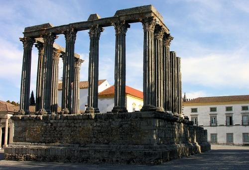 Templo Romano de Évora, símbolo de la ciudad