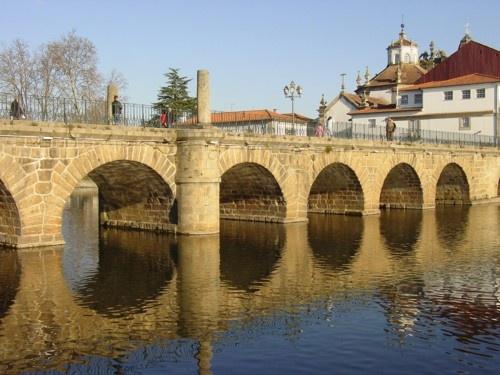 Puente Trajano en Chaves