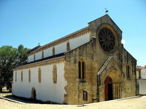 Parte de afuera de la iglesia de Santa Maria do Olivais