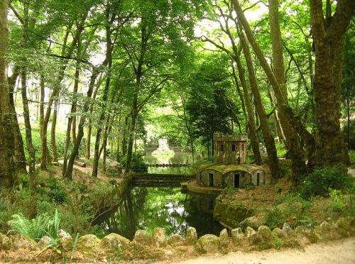 El hermoso Parque de la Peña en Sintra