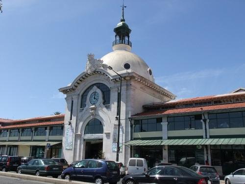 Comprar y comer en el Mercado da Ribeira